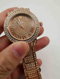 Date de la montre de strass en Ligne-Nouveau Luxe Femmes Montre Diamants Quartz Dame En Acier Inoxydable Marque Montres Strass Or Rose mk Montres-Bracelets Cadeaux Relogio Feminino
