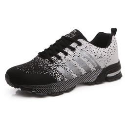 Argentina Gimnasio Amantes de los zapatos moda personalidad movimiento Frenulum Resistente al desgaste Ventilación Malla superficie Gradación Calzado casual Zapatillas de correr Suministro