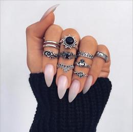 conjunto de jóias de prata e rosa Desconto 10 pçs / set Boemia Antiga Prata Elefante Flor Rosa Coração Coroa Esculpida Anéis Set Knuckle Anéis para As Mulheres Jóias Anéis De Anéis De Conjunto