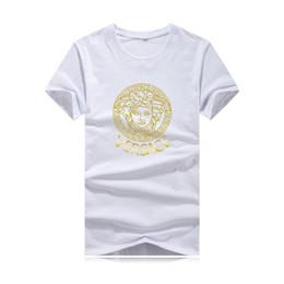 Patrones de camisetas deportivas online-Camiseta de algodón para hombre 2019 en una variedad de colores. Estampado de estampado en caliente, impresión de letras en color, tendencia de moda, estilo deportivo y de ocio.