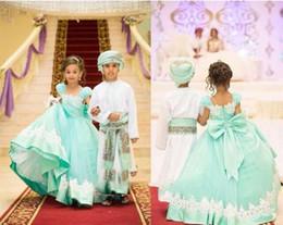 matrimonio ritratto neckline Sconti Minit abiti da cerimonia per matrimoni formali verdi con scollo a barchetta e scollo a prua