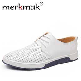 Merkmak Marken Sommer Männer Leder beiläufige Schuh Arbeiten Sie Breathable Löcher Weiß Freizeit Schuhe Flats Big Size 37 48 Treiber