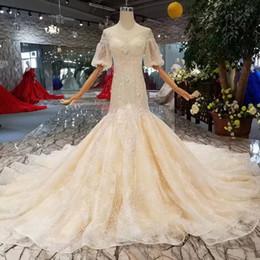 Robe de mariée trains d'voile d'épaule en Ligne-Robe de mariée sirène hors l'épaule manches élégantes lanterne Illusion O-cou trompette Robes de mariée avec voile