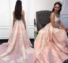 2019 marfil 15 años vestidos Pink Quinceanera Vestidos 2019 Spaghetti Backless Sweep Tren Marfil Apliques Árabes Vestidos de fiesta de baile para dulces 16 vestidos de 15 años Barato rebajas marfil 15 años vestidos