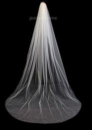 Cristal afiado véu da catedral on-line-Uma Camada de Strass Borda da Catedral Comprimento Da Liga Pente de Cristal de 108 Polegadas de Borda de Cristal Véu De Noiva Disperso de Cristal Do Casamento Véu De Noiva Diamante
