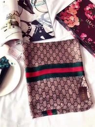 2019 strisce di seta Sciarpa della sciarpa 180 * 90cm di scialle della sciarpa di disegno della striscia di monogramma di marca di lusso della sciarpa delle signore di stagioni e belle belle di lusso strisce di seta economici