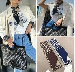 Vêtements de mode en soie pour hommes en Ligne-2019 Designe foulard en soie bandeau sac décoration petit ruban mode marque chaude foulard en soie hommes et femmes portent une écharpe rétro