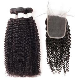extensiones de cabello rizado de 34 pulgadas Rebajas 9A Kinky Curly Body Wave Paquetes de cabello humano con cierre Deep Wave 3Bundles con encaje Cierre 8-28 pulgadas Remy Extensiones de cabello humano