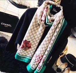 Écharpes en soie femme en Ligne-Foulard en soie de marque de luxe pour les femmes Summer Designer Logo complet vert fleur floral longues écharpes Wrap avec étiquette 180x70 cm châles
