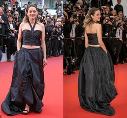 2019 Basit Siyah İki Adet Cannes Film Festivali Ünlü Gelinlik Modelleri Cepler Halter Aç Geri Tafta Ruch Kırmızı Halı Abiye nereden