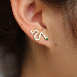 925 incidono gli orecchini Sconti Piuttosto 100% orecchini in argento sterling 925 serpente mirco pavimentano piccoli cz eye intarsio pietra verde orecchini animali gioielli regalo ragazze delle donne