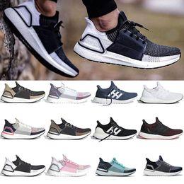 zapatos de hipebeast Rebajas Nueva Ultraboost 3.0 4.0 zapatos corrientes de los hombres triples Negro Mujeres Ultra Boost Hypebeast Primeknit Core Negro Blanco 5.0 19 Sport zapatillas de deporte 36-47