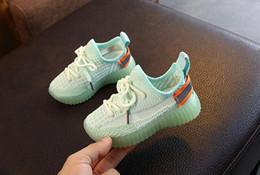 2019 menino menina net 2020 moda calçados infantis Net sapatos respirável Menino menina sapatos casuais outono Crianças presente 686 menino menina net barato
