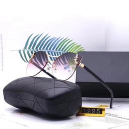 Options lunettes en Ligne-Mode de luxe Lunettes de soleil Designer Lunettes de soleil Adumbral Polorized Goggle Lunettes de soleil Modèle 1995 5 Couleurs Option Haute Qualité avec Box