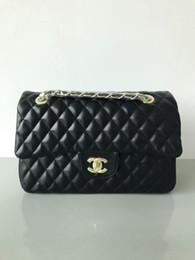 Pequeños bolsos negros online-Bolsos de las mujeres de calidad superior Woc Clutch Negro Caviar de cuero solapa de la cadena de hombro Bolsas Pequeño Crossbody Messenger Bag 8809