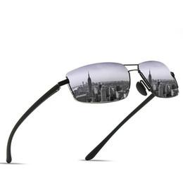 Lentes de cores naturais on-line-2019 nova moda masculina material natural lente do carro óculos de sol anti-radiação quadro de liga resistente a riscos 5 cor opcional + caixa de luxo