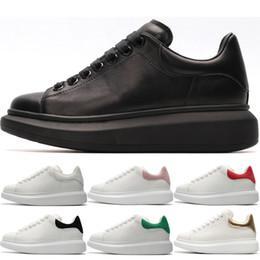 sapatos de festa baratos para mulheres Desconto Alexander McQueen Casual Shoes Barato Designer de Sapatos Casuais das mulheres dos homens Triplo preto branco Moda Sapatilhas Das Mulheres Dos Homens de Ouro rosa vermelho Partido