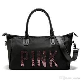 Bolsas pretas agradáveis on-line-Nice Pop Chegada Das Mulheres Preto Rosa Duffel Sacos de Viagem À Prova D 'Água Bolsas de Bagagem Saco de Viagem Yoga Bag Folding Bags Vogue