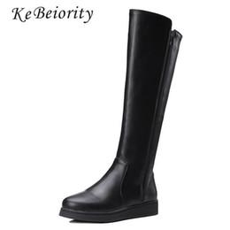 Kebeiority Mujeres Botas de Cuero Primavera Otoño Rodilla Botas Altas Zapatos Planos de Cuero Negro Moda Mujer Alta Nieve Agradable desde fabricantes