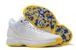 2019 nova D Rose 10 todos os homens brancos tênis de basquete homem Derrick Rose sapatos de alta qualidade 10 tênis esportivos sapatos de grife tamanho: 40-46 de Fornecedores de basquete d rosa