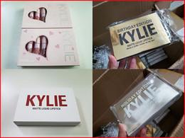 Labios kylie cumpleaños online-Kylie Lip Gloss Lord Metal Gold, Edición Limitada Cumpleaños CONFIRMADO Mate, Barra de labios, Kit de labios Cosméticos, barras de labios líquidas, 6 unids / set