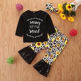 Mädchen hosen fallen online-2019 Babykleidung Mädchen Sonnenblume Stirnband Boutique Outfits Säugling fällt + Buchstaben T-Shirt + Pailletten Schlaghosen Leopard Kinder-Kleidungssatz