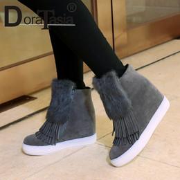 2019 tacones ocultos de cuña alta DoraTasia talla grande 32-45 botines para mujer con flecos punta redonda con plataforma de piel zapatos mujer tacón oculto tacones altos botas de invierno rebajas tacones ocultos de cuña alta