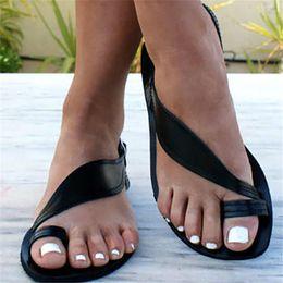 sandálias européias Desconto 2019 nova moda sandálias de verão senhora lazer bohimia sapatos baixos mulher gladiador cor sólida sapatos europeus plus size xwz5702
