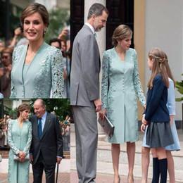 minze grüne brautkleider Rabatt Vintage Mint Green Lace Stain Mutter der Braut Kleider mit Jacke Mantel Hochzeitsgast Kleid knielangen Abend formelle Kleider
