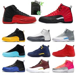 Chaussures de sport pour pas cher en Ligne-Bon marché 12 12s FIBA ​​CNY Bumblebee Hommes Chaussures de basket inversée Taxi Jeu Royal Blue Gym Red Wings hommes gris formateurs de sport