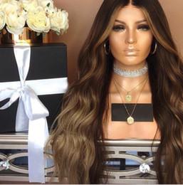 Productos para el cabello de las mujeres negras online-Producto de cabello Peluca de onda larga de cuerpo marrón Sin cola Pelucas delanteras de encaje sintético Con pelucas de fibra resistente al calor de pelo de bebé para mujeres negras FZP134