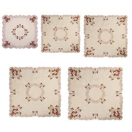 toalhas de mesa florais Desconto Flor Floral Bordado Corredor De Mesa para Ar Condicionado Frigoríficos TV Box Table Cover Toalha De Mesa Cutwork Decoração Do Partido
