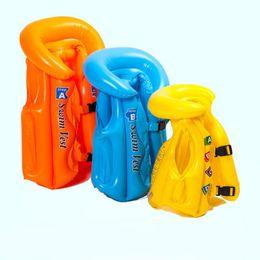 Niños nadando inflables online-Bebé Inflable chaleco salvavidas niño niña niños chalecos salvavidas en bote sobrevivir niños agua traje de baño Burbuja traje de baño equipo de natación