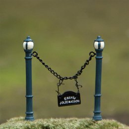 recinzione in miniatura Sconti ecoration Artigianato Figurine Miniature New Mailbox Fence Miniature Fairy Garden Ornament Decorazione Moss Terraium Bonsai Decorazioni Resi ...