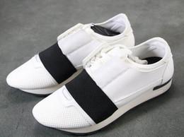 2019 sapatos de senhora para homens Corredores de corrida de esportes tênis para homens botas, Sapatilhas de Treinamento, Senhoras tênis, sapatos formais para as mulheres, relatório de tomada de borracha simples desconto sapatos de senhora para homens