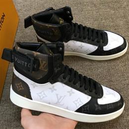 ganchos de encaje de arranque Rebajas Rivoli Sneakers Boot para hombre Clásico diseñador de zapatos Famosa impresión de cuero de la lona Bootie Lace up Hook y Loop zapatos planos tamaño 38-44LLL17