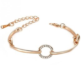 Femmes à la mode Lady Alliage Bracelet Décoration Bracelets Délicat Bijoux Or-couleur Mode Cristal Bracelets Ronds ? partir de fabricateur