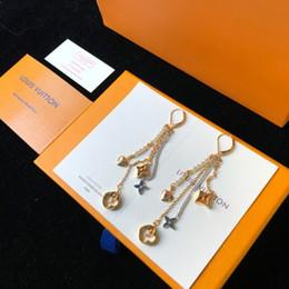 orecchini in oro 18k per bambino Sconti Luxury Brand di gioielli orecchini firmati cerchio nappe orecchini per le donne a caldo casuale di nuovo modo all'ingrosso