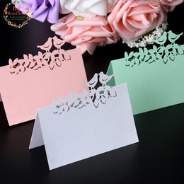 Kuş Çiçek Lazer Kesim Tebrik Kartı Aşk Kuşlar Tablo Adı Kartları Yer Kartları Düğün Masa Dekorasyon Düğün Dekorasyon Şekeri 80 adet cheap love birds place cards nereden kuşlar yer kartları seviyorum tedarikçiler