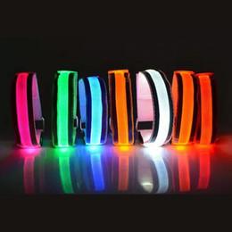 2019 handschlaufe armband LED Reflektierende Licht Arm Armband Strap Sicherheitsgurt Für Nacht Laufen Radfahren Handschlaufe Armband Handgelenk Armbänder günstig handschlaufe armband