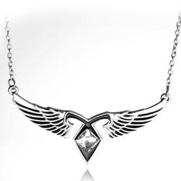 angelo città Sconti Gioielli di film Strumenti mortali City Of Bones Ashes Angel Wings Collana con pendente a forma di runa di potere Collana in stile vintage