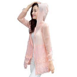 Добавить новый Пиджаки Леди Солнцезащитная куртка Длинный Большой M-3xl Пляж Женщины Солнцезащитный крем ультра тонкие прозрачные пальто с капюшоном C19041001 от
