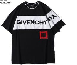 Argentina Nuevo desgaste de la calle de verano Europa París Moda Hombres alta calidad roto pequeño agujero de algodón camiseta Casual camiseta de los hombres camiseta Suministro