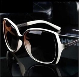 logotipos da marca de moda feminina Desconto Marcas de luxo Designer de Óculos De Sol Das Mulheres Retro Proteção Do Vintage Feminino Moda Óculos de Sol Mulheres Óculos de Sol Vision Care com Logotipo 6 Cor
