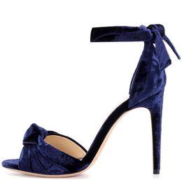Argentina 2019 nuevas sandalias de moda peep toes gladiator bowtie correa terciopelo tacón de aguja sandalias elegantes tacones altos mujeres fiesta zapatos damas verano Suministro