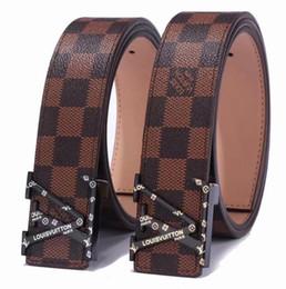 cinturones para hombre de cuero macizo Rebajas Más vendidos nuevos cinturones de diseño de alta calidad para hombres y mujeres hebilla L cinturones de mezclilla Cinturón Cummerbund para hombres y mujeres hebilla de metal