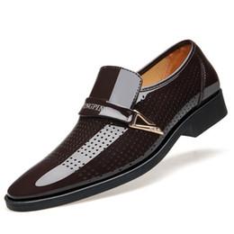 270e61c9fc Zhenggo 2018 homens primavera outono dos homens respiráveis sapatos casuais  tamanho grande lace up de negócios de luxo altura shoes para 686ool