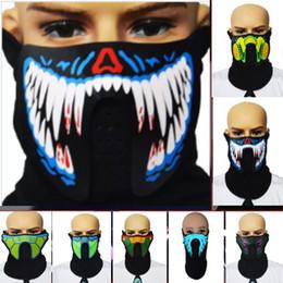 Führte leichte kleidung online-Halloween Masken Led Maske Kleidung Big DJ Music Terror Leuchten Maske Für Tanzen Nacht Reiten Stimme Und Musik Maske Maskerade HH9-2329