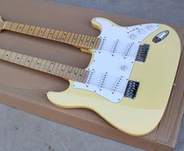 Cuello para guitarra de 12 cuerdas online-La guitarra eléctrica del amarillo de la leche del doble cuello de la aduana de la fábrica con 12 + 6 secuencias, arce Fretboard, se puede modificar para requisitos particulares