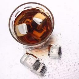 Acero inoxidable cubitos de hielo glaciar online-Vino Cubitos de hielo Acero inoxidable Bloques congelados Piedras de whisky de seguridad Mantenga la textura del vino Enfriador de glaciares Piedra Bebida Barra de enfriamiento Cubos Herramienta